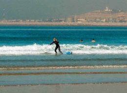 Пляж Агадир место для серфинга