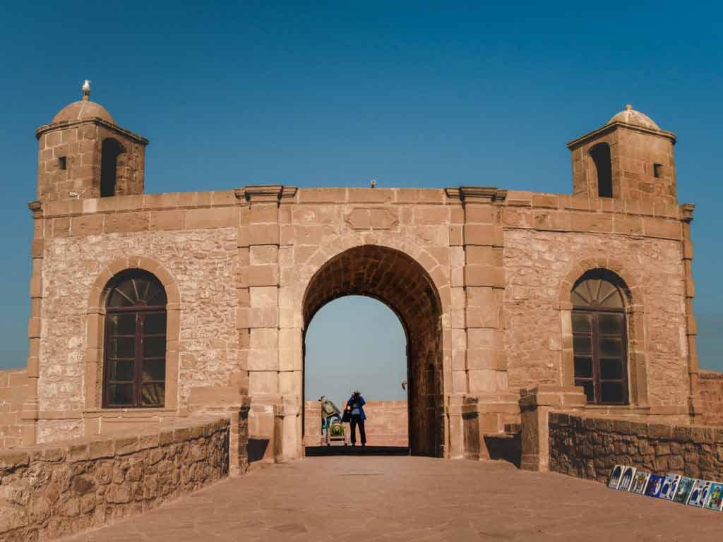 Вход в крепость порта Скала в городе Эс-Сувейра
