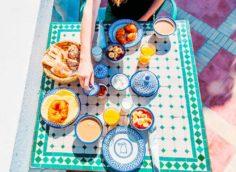 Завтрак на пляже Эс-Сувейра